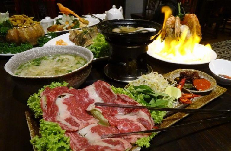 36-Hour Food Trail Eating Marathon @ SkyAvenue, Resorts World Genting
