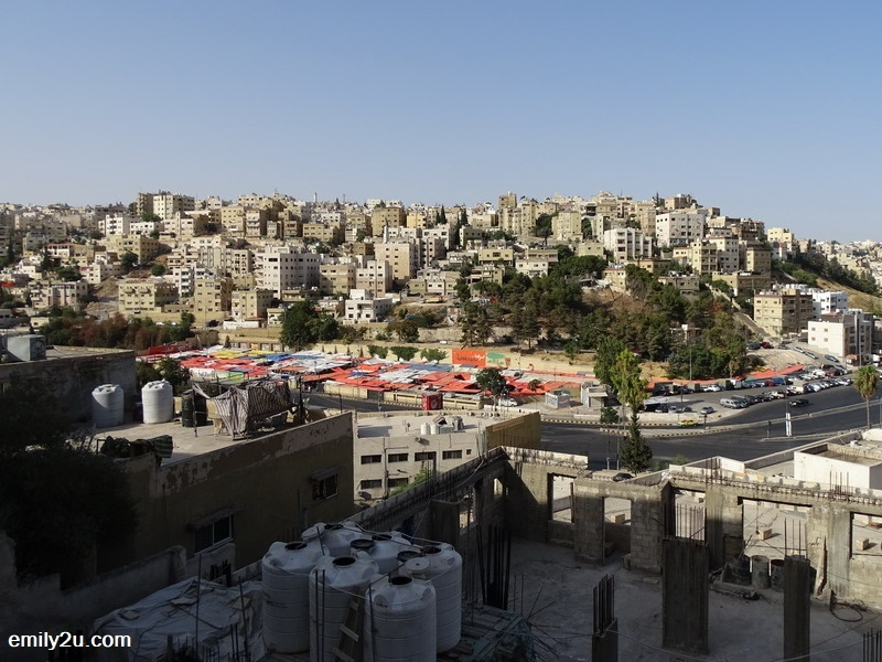 1. top view of Amman's Friday market