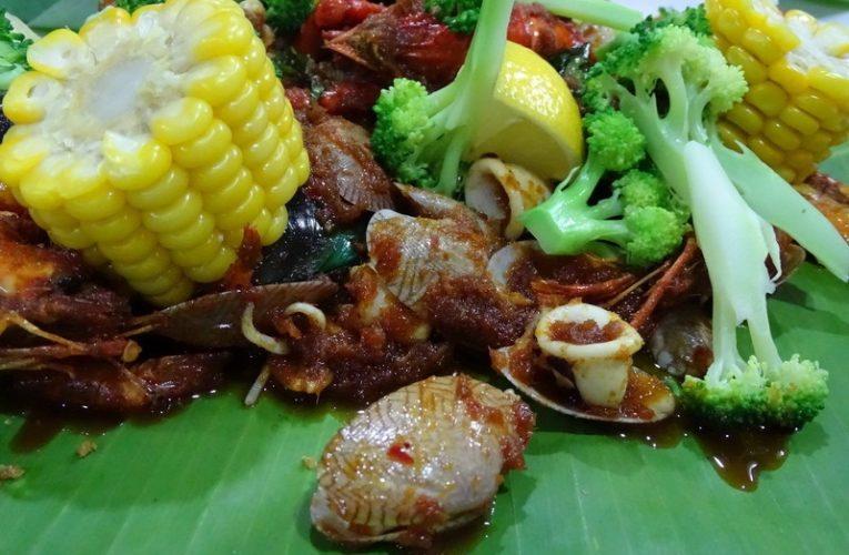 D'Klang Mix Seafood (Seafood Lambak Atas Meja)