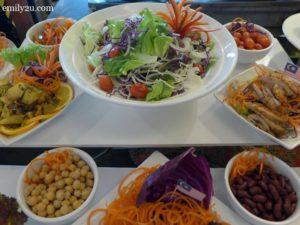 2 salad counter