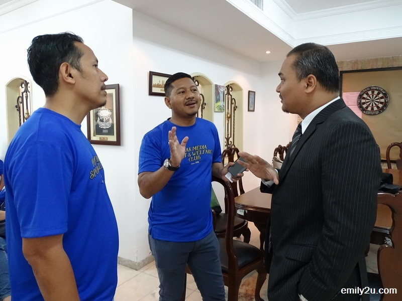 3. friendly chat with an embassy official, Mohd. Shazrizal Bin Safri