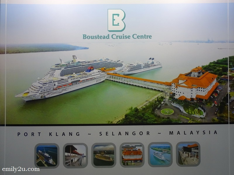 3. a poster shows the terminal at its maximum capacity - serving three vessels at the same time