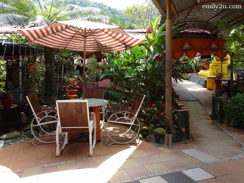 5. garden setting