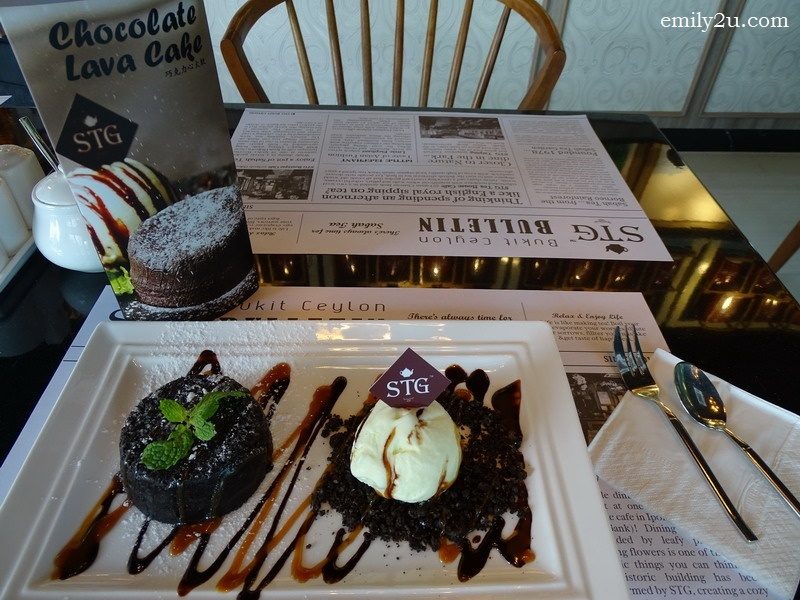 7. my all time favourite dessert - Chocolate Lava Cake, served with vanilla ice cream