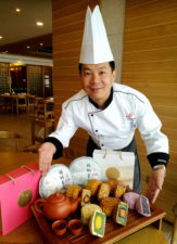 Chef Gan Chee Keong with his new mooncake flavours