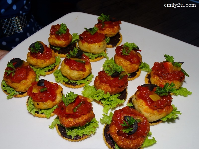 11. chicken canapé