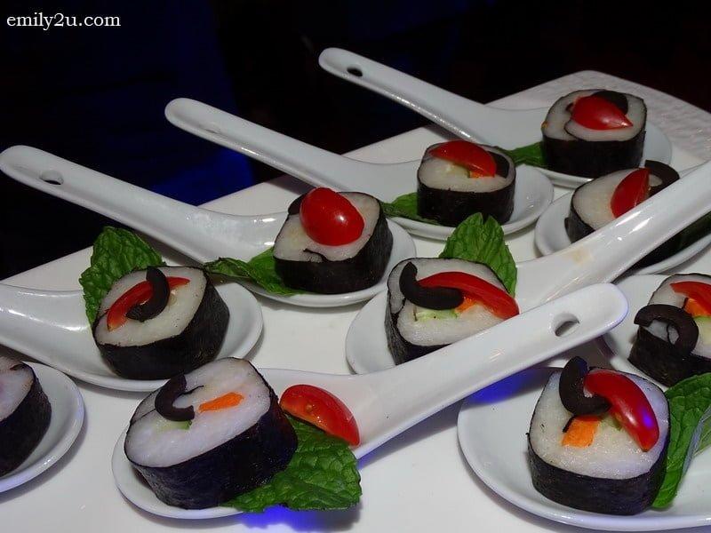 12. sushi