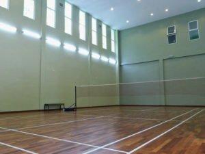 4 badminton court