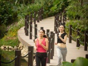 9 600-metre jogging track