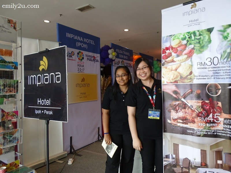 the smiling ladies of Impiana Hotel Ipoh