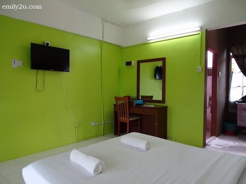 10. Standard room