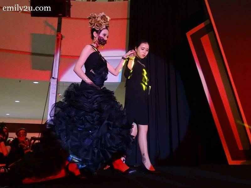 14. Lim Pei Yee with The Destroyed Alice