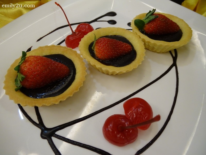 14. chocolate tarts