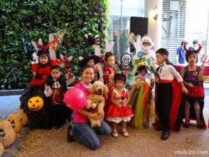 18 Halloween Dogathon
