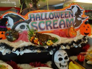 2 Palong Coffee House Halloween Buffett