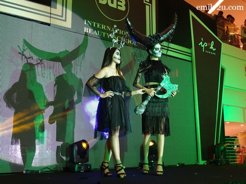 25. Lee Zhing Yi with Queen of Hell