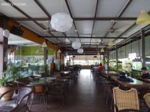 4 Refuel Cafe Selama