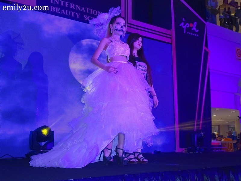 6. Loo Yee Kay with Elegance Belongs to Me