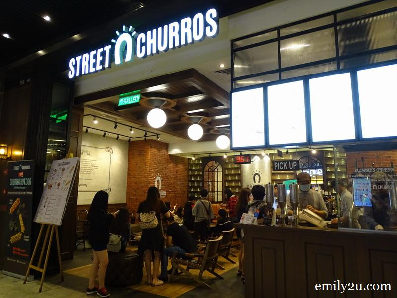 1. Street Churros at SkyAvenue