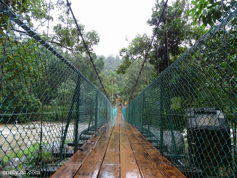 11. suspension bridge - maximum ten to cross at a time