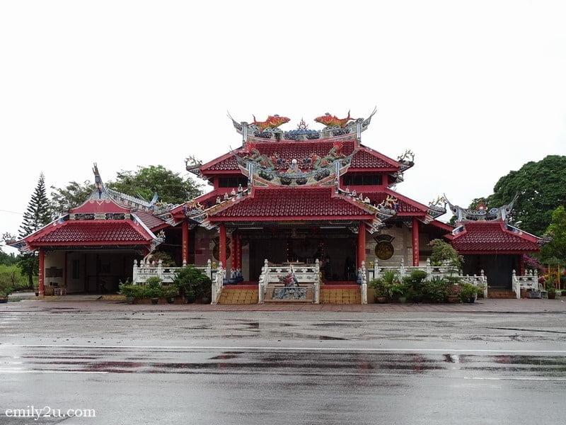 2. Kampung Baru Coldstream Chinese temple