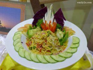 2 Thai Mango Salad with Fried Shrimp