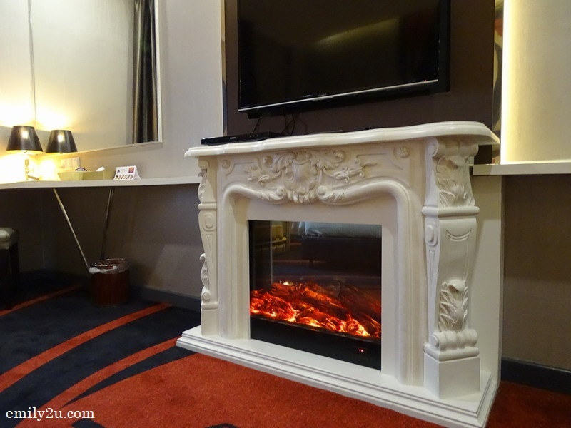 fireplace in James Bond Executive Room