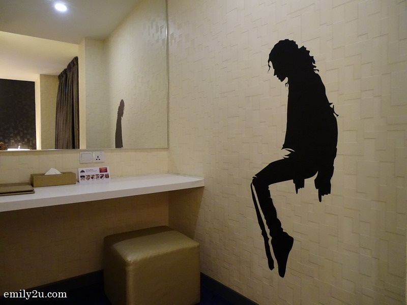 Michael Jackson celebrity themed room