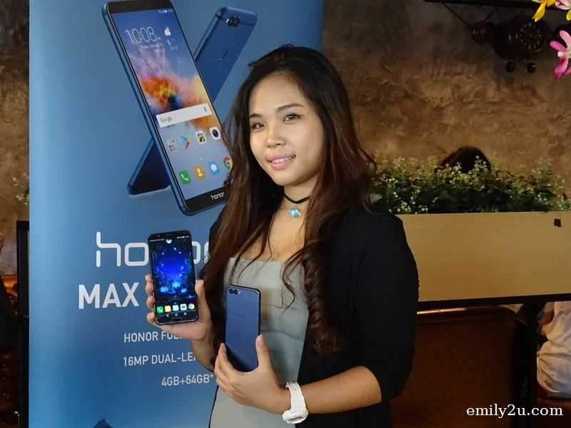1. a model with the latest Honor phones