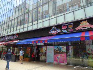 1 Sanrio Hello Kitty Town