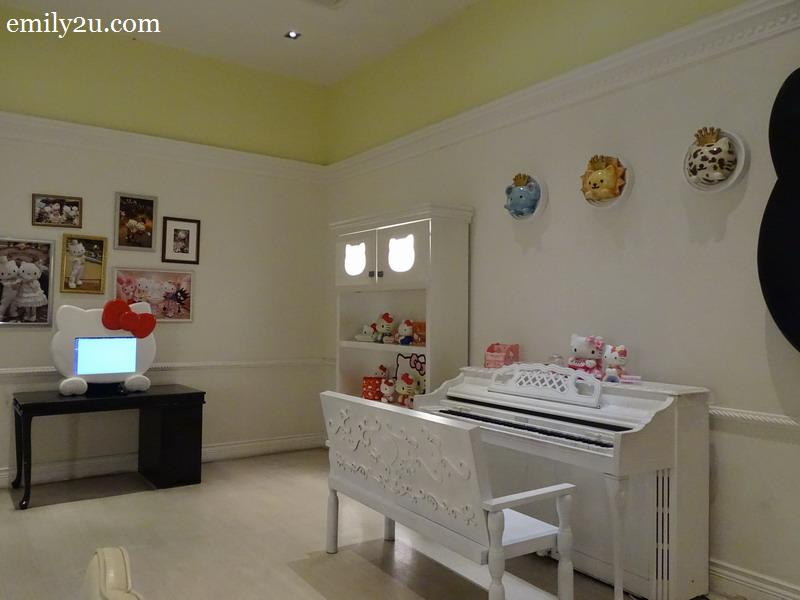 10. Hello Kitty House living room