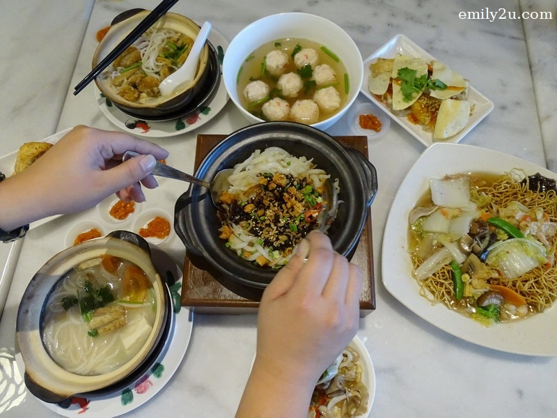 14. lunch feast at Goon Wah Restaurant, SkyAvenue, Resorts World Genting