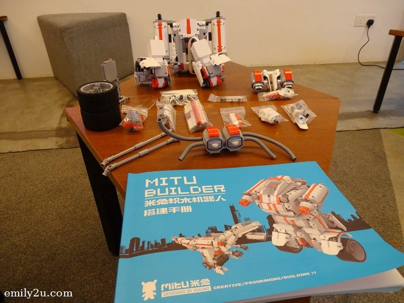 15. this MITU Builder (Xiaomi robot) has been disassembled waiting to be reassembled