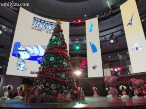 15 SkyAvenue SkySymphony Christmas Winch Show