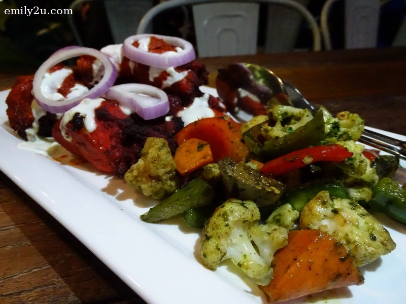 2. Tandoori chicken with grilled vegetables