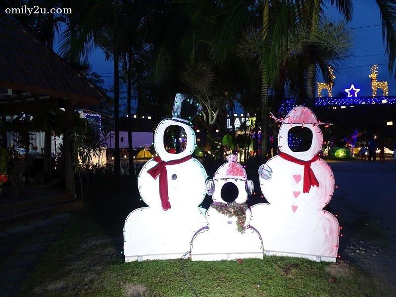 3. snowmen cutouts