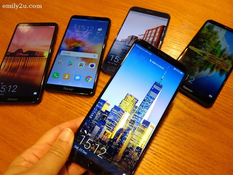 6. the flagship Honor View 10 and other Honor phone models