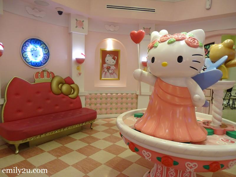9. Hello Kitty House
