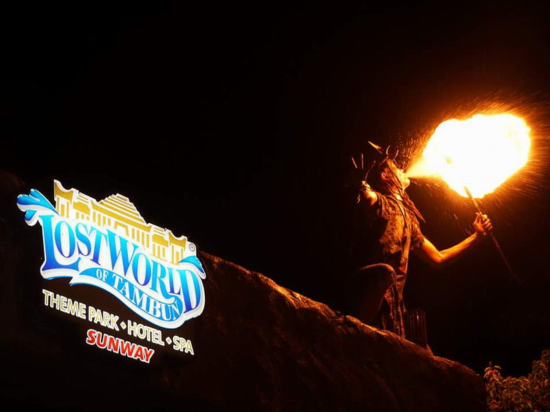 1. Lost World of Tambun's fire eater or is that a human dragon?