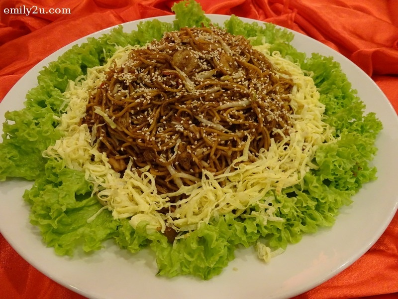 8. Menu B - Syeun-Style Fried Yellow Mee