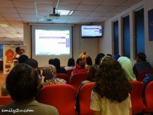 11 Universiti Putra Malaysia