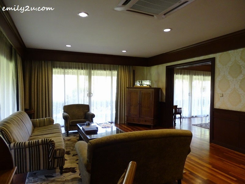 25. living room