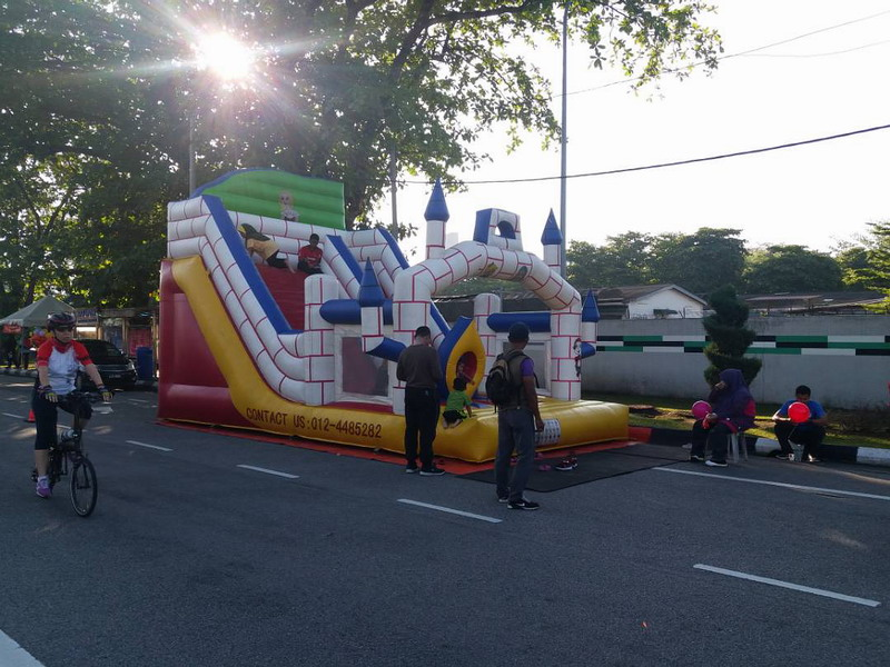 4. inflatable slide