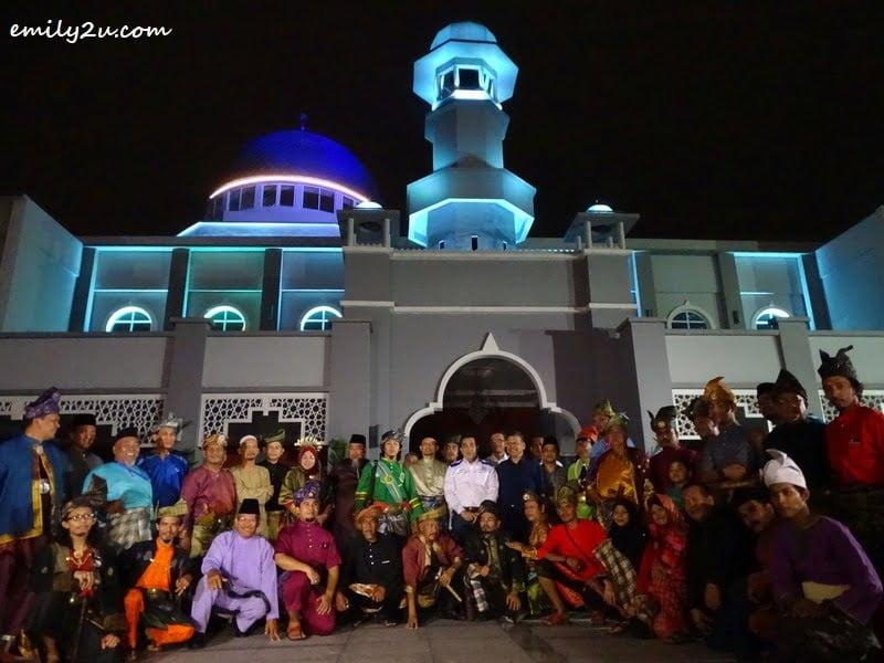 7. group photo in front of Masjid Jamek Kampong Bharu