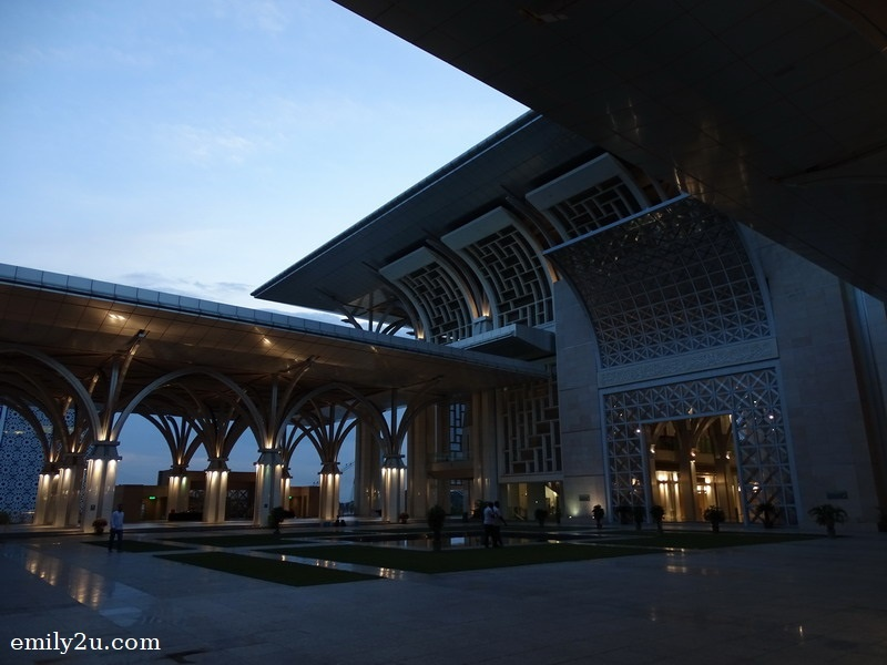 Tuanku Mizan Zainal Abidin Mosque is a stainless steel mosque, hence it is also known as Masjid Besi
