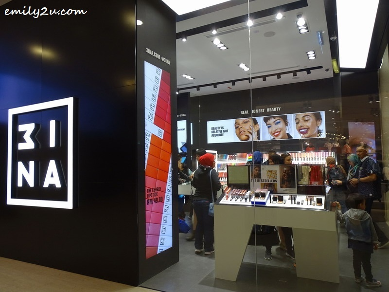 1. new 3INA outlet at Level 2, SkyAvenue