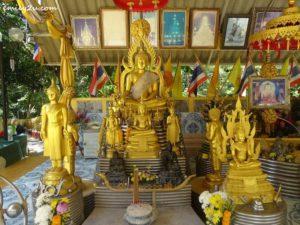 10 Phra Maha Chedi Tripob Trimongkol