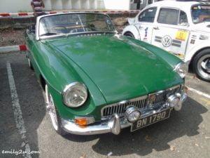 10 classic cars gathering