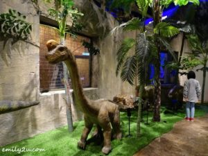 15 Jurassic Research Centre