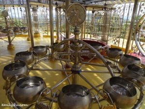 15 Phra Maha Chedi Tripob Trimongkol